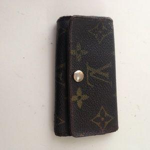 Louis Vuitton, Mono Brown 3 Hooks Key Case